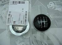 Накладка ручки КПП 1-5,R VW  Caddy 03-