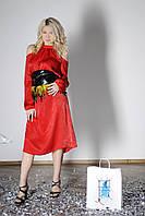 Платье с поясом и перьями размер L