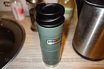 Термокружка зеленая 0,47L CLASSIC ONE HAND Stanley (Стенли) 10-01394-013, фото 2