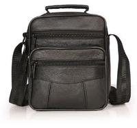 Вместительная мужская сумка с ручкой