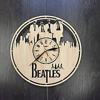 Оригинальные часы ручной работы из дерева 7Arts The Beatles CL-0044
