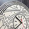 Настенные часы с дизайнерским циферблатом 7Arts Чудо-женщина CL-0085, фото 5