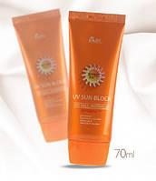 Легкий увлажняющий солнцезащитный крем Ekel UV Sun Block Cream SPF50