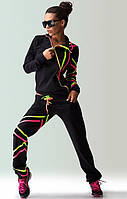 Черный спортивный костюм с манжетами