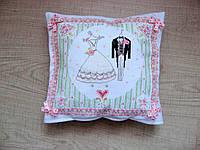 Декоративна подушка. Весільні вбрання.  30х32 см