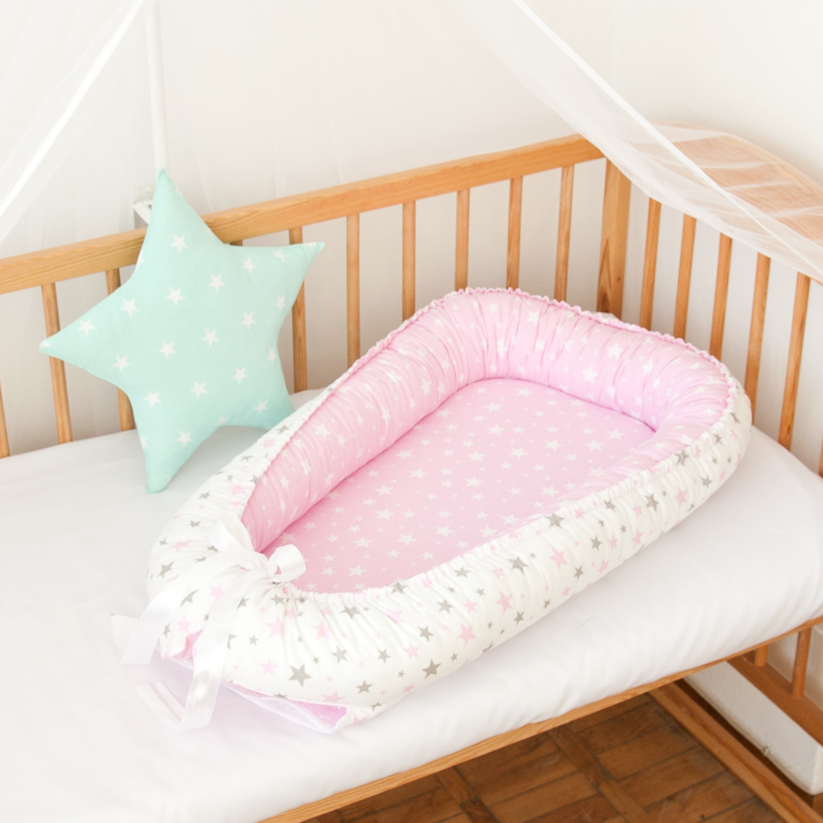 """Гнездышко-кокон для новорожденных """"Pink Stars"""""""