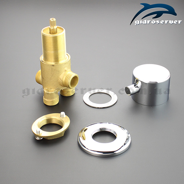 Кран переключатель для гидромассажной ванны, джакузи на 3 режима работы J - 7043 скрытого монтажа на борту сантехнического узла.