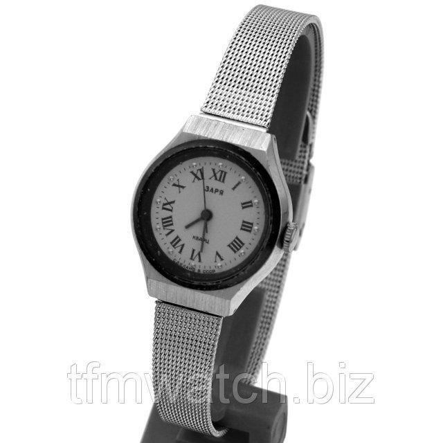"""""""Заря"""" Кварц (кварцевые часы, не требующие ежедневного ручного завода)"""