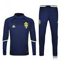 Футбольные спортивные костюмы