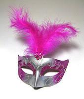 Маскарадная маска с перьями женская