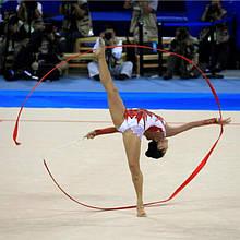 Лента на палочке для гимнастики красная