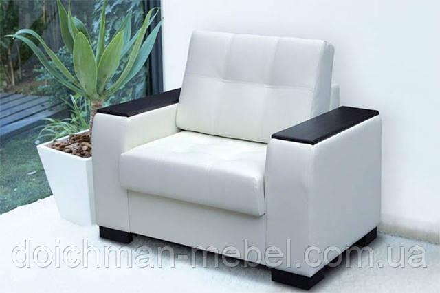 """Кресло с деревянными подлокотниками """"White"""""""