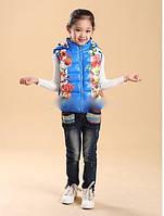 Детская жилетка с цветочным принтом