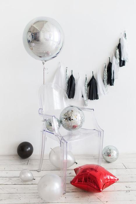 Фольгированный шар Сфера серебро