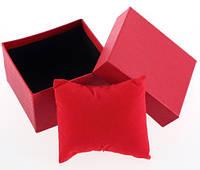 Оригинальная подарочная коробочка красного цвета