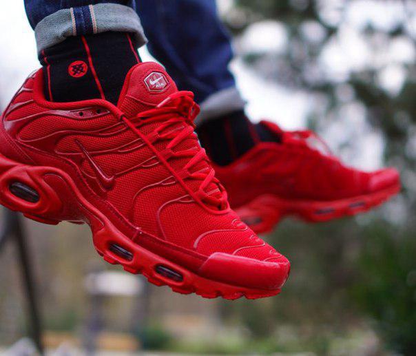9f56f356 Мужские кроссовки Nike Air Max Plus Tuned 1 Lava Red - Интернет магазин