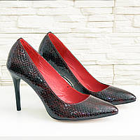 Туфли женские на шпильке, бордовый лак рептилия. 40 размер