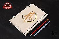 Скетчбук Sailor Moon. Блокнот с деревянной обложкой.
