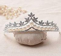 224 Нежные свадебные диадемы и тиары с жемчугом. Свадебные аксессуары оптом.