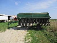 Сеялка зерновая механическая Great Plains 2N-3010 9 метровая из США