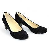 Туфли женские на каблуке, декорированные камнями, натуральный замш синего цвета, фото 5