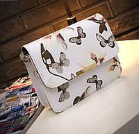 Красивая женская маленькая весенняя летняя сумка сумочка клатч с цветами и бабочками белая