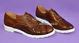 """Женские туфли на утолщенной белой подошве, из натуральной кожи и кожи """"крокодил"""", фото 2"""