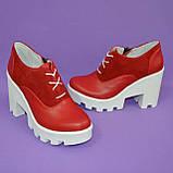 Женские стильные туфли на шнуровке, высокий каблук. Натуральная красная кожа и замш, фото 6
