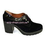 Женские черные замшевые туфли на шнуровке, устойчивый каблук, фото 2