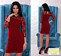Комбинированное короткое платье со вставками из гипюра и воротничком