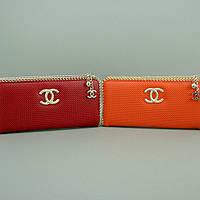 Кошелек клатч на молнии женский кожаный красный Chanel 0820