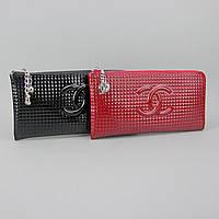 Кошелек клатч кожаный на змейке лаковый женский красный Chanel 40314