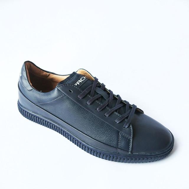 Харьковская обувь Carlo Pachini спортивные кожаные кеды на шнуровке синего цвета