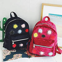 Велюровый рюкзак с помпонами из меха, фото 1