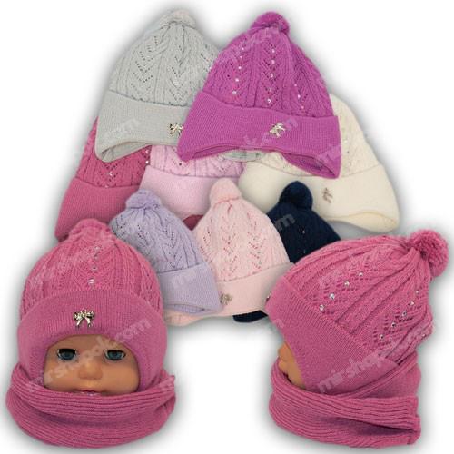 шапка с завязками для девочки