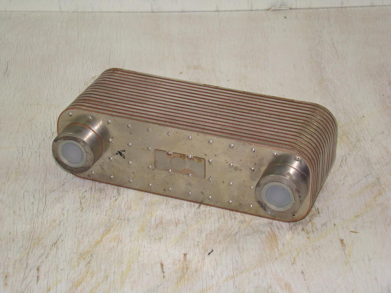 Масляный теплообменник вольво Кожухотрубный испаритель Alfa Laval DES 240 Каспийск