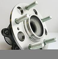 Ступица задняя в сборе с подшипником оригинал KIA Ceed с ABS с 2012- (52730-2H000)