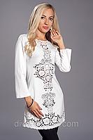 Модное платье-туника с перфорацией Angelina