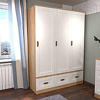 Шкаф на 3 двери