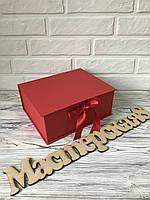 Подарочная коробка 25*19,5*10 см, цвет красный
