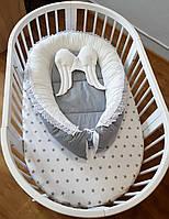 Кокон двусторонний с кружевом на стяжках с подушкой-крылышками