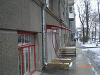Козырек над входными дверьми -51