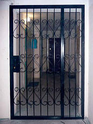 Дверь-решётка