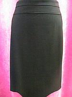 Юбка батал ровного кроя на флисе, однотонного черного цвета, с карманами р.56 код 4812М