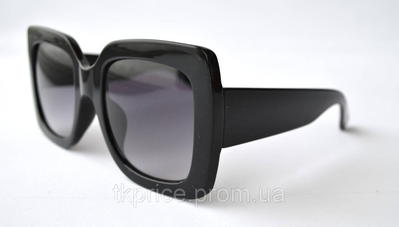 Женские солнцезащитные очки квадратные