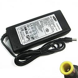 Зарядный блок питания для ноутбука Samsung 19V 4.74A 90W 5.5x3.0