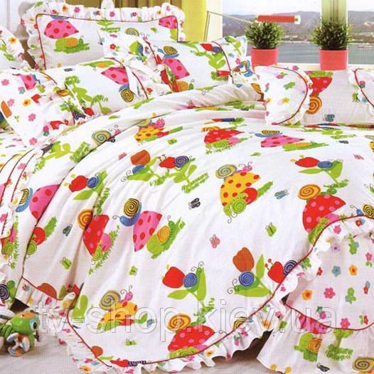 Постель в детскую кроватку с оборкой