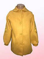 Пальто для девочек с вышивкой на рукавах  1602/9