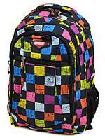 Городской рюкзак черного цвета с ярким принтом кубики