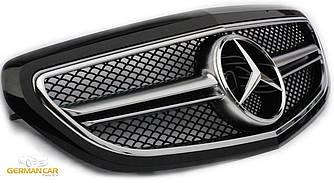 Решетка радиатора Mercedes W212 рестайл в стиле AMG (черный глянц)